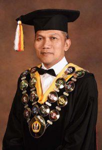 004 Wakil Rektor Bidang Tata Kelola dan Sumber Daya