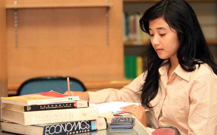 Ekonomi Bisnis Universitas Padjadjaran