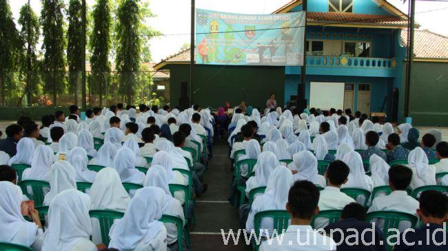 Sosialisasi SNMPTN se-Kota Banjar di SMAN 1 Banjar, Selasa (18/02) (Foto oleh: Artanti Hendriyana)*