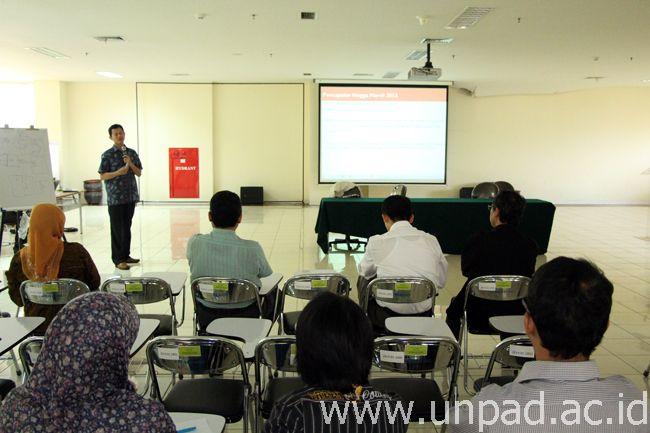 Seminar bersama Unpad-Polban di Aula Lantai 6 Rumah Sakit Pendidikan Unpad, Jalan Eijckman No. 38 Bandung (Foto oleh: Arief Maulana)*
