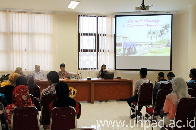 Pelajar Sekolah Menengah Sains Kuala Terengganu Malaysia Kunjungi Unpad Jatinangor Universitas Padjadjaran