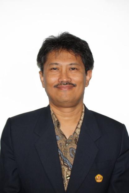 Dr. Arry Bainus, M.A. *