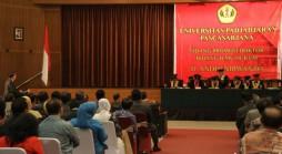 Suasana Sidang Doktor Ilmu Hukum D. Andhi Nirwanto, Wakil Jaksa Agung RI di Grha Sanusi Hardjadinata Unpad Jln. Dipati Ukur 35 Bandung, Senin 26 Januari 2015. (Foto oleh: Tedi Yusup)*
