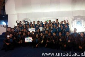 PSM Unpad saat jadi juara umum 2nd ITB International Choir Competition *