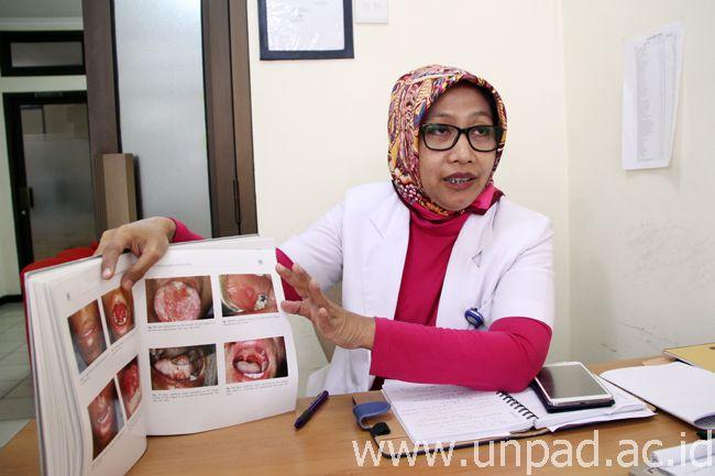 Dr. Irna Sufiawati, drg., Sp.PM (Foto oleh: Dadan T.)*