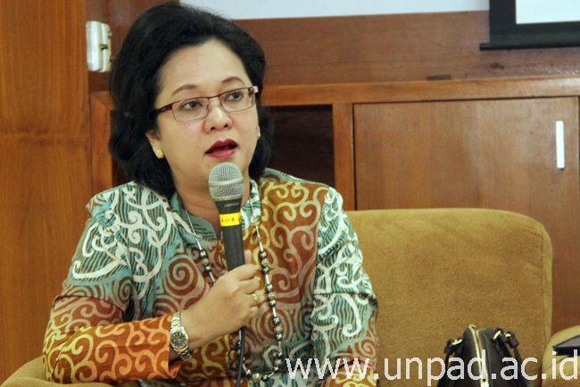Prof. Armida S. Alisjahbana (Foto oleh: Tedi Yusup)