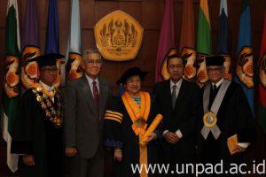 Megawati DR.HC 5