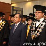 Megawati DR.HC 9