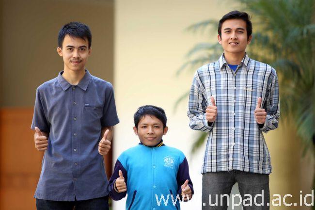 Tiga Mahasiswa Matematika Unpad Raih Medali pada Acara MaG-Day IX ITB