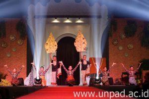 humas unpad 2016_09_03 Batikfest 01 DADAN
