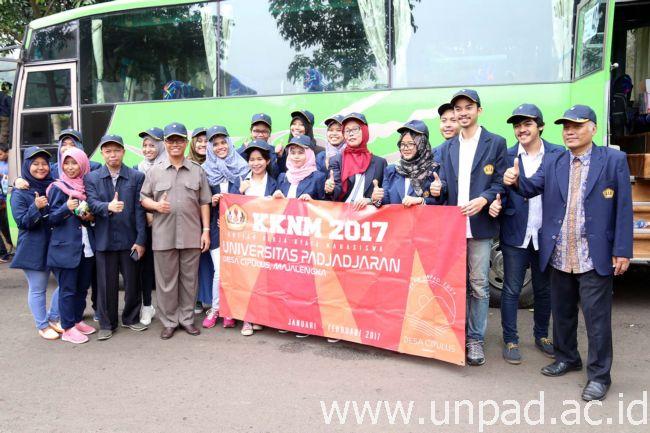 humas-unpad-2017_01_04-pelepasan-kkn-18-dadan